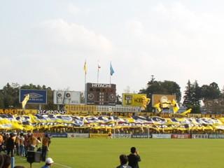 日立柏サッカー場。